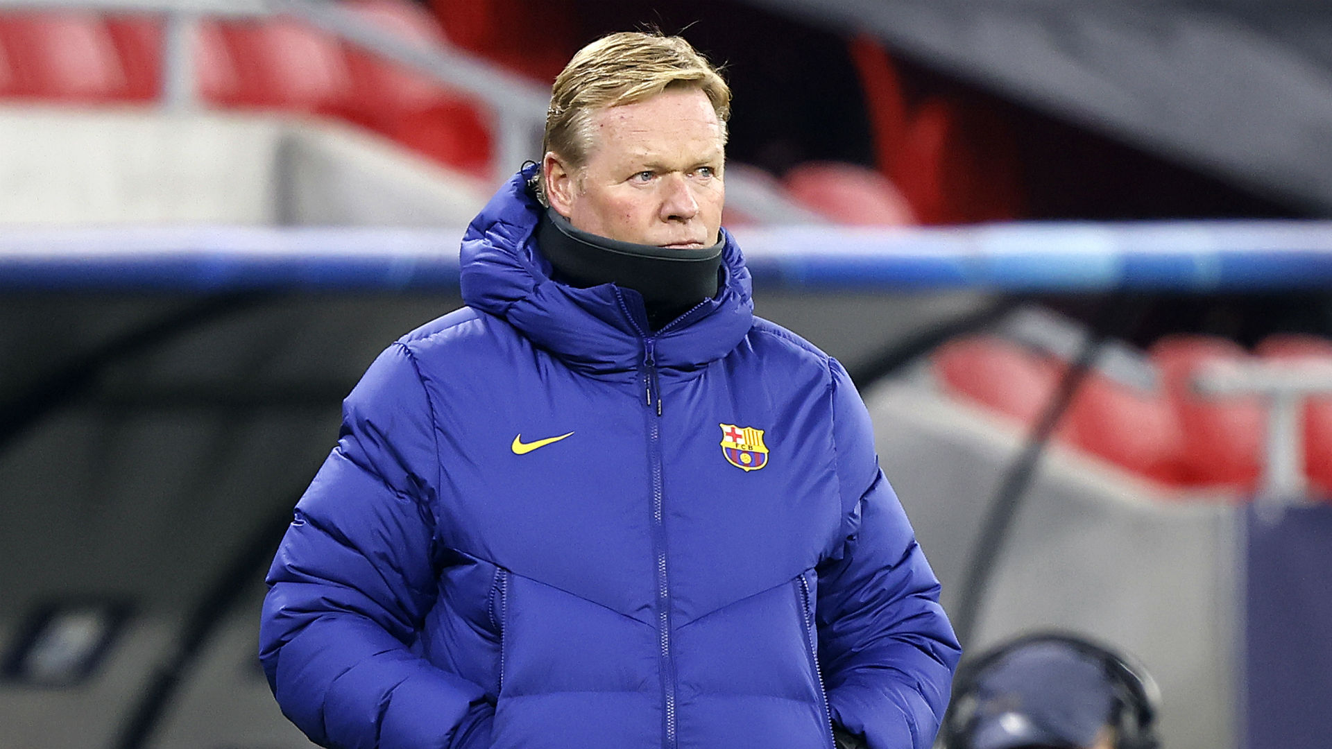 Ronald Koeman walks out of press conference.