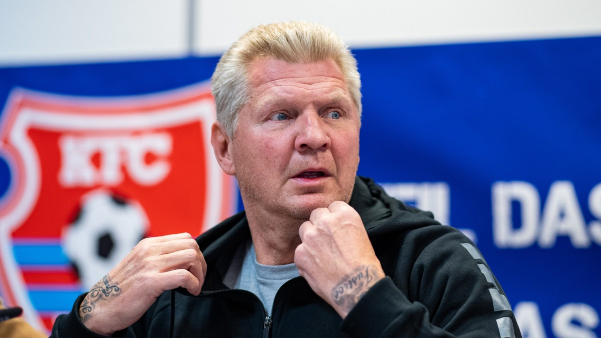 Effenberg believes England can't hurt Germany.