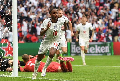 England dump Germany out of Euro.