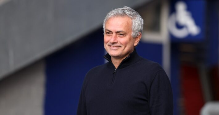 Mourinho: two positions left for 4 England stars.