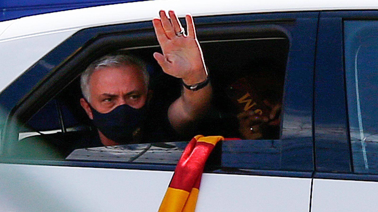 Mourinho boast of record at Roma unveiling.